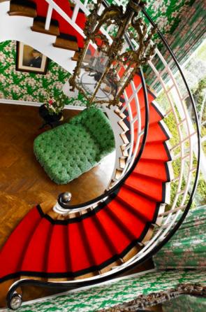 Draper stair