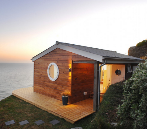 tiny-cottage-sea