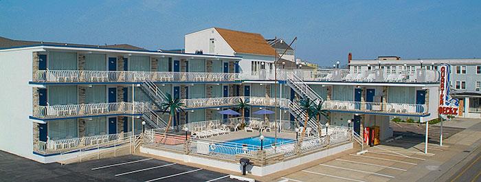 doo wop quarterdeck motel