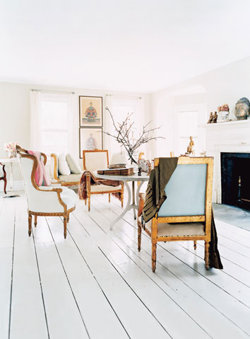 painted-white-hardwood-floor-3
