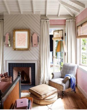Elle pink room